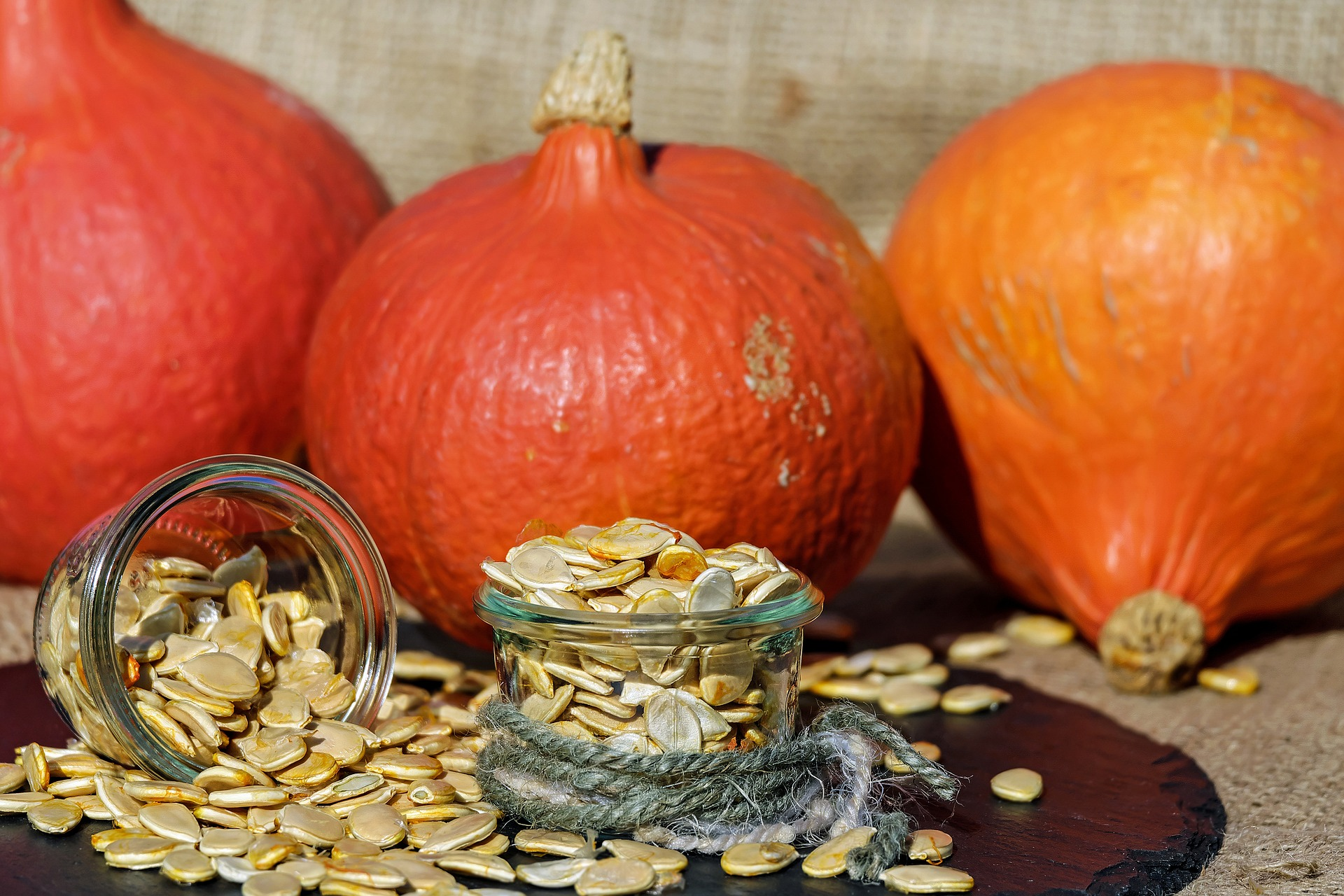 pumpkin-seeds-1738174_1920